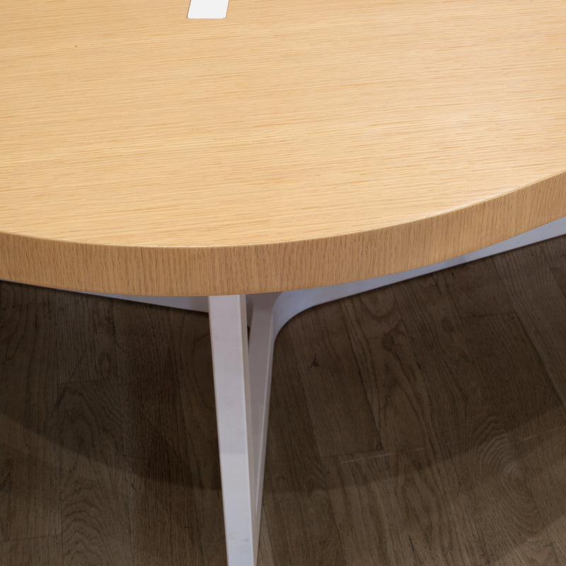 Seven Dining Table by B&B Italia