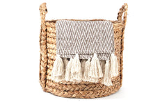 Load image into Gallery viewer, Ellie Chevron Throw