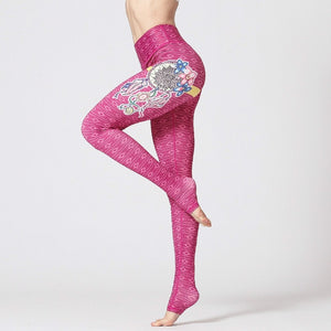 Colorvalue Dream Catcher Leggings - on model