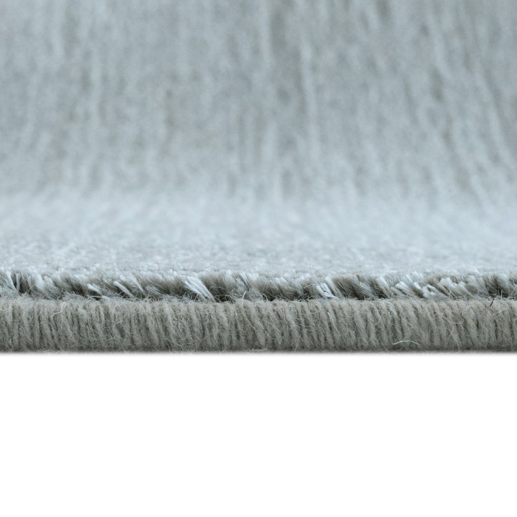 Quiet Contemporary Neutral Tone Area Rug Grey