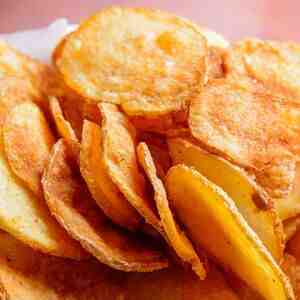 POTATO CHIPS RED CHILLI SPRINKLED - 1KG