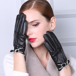 Cuir Bow Genuine Leather Gloves | Touch Screen