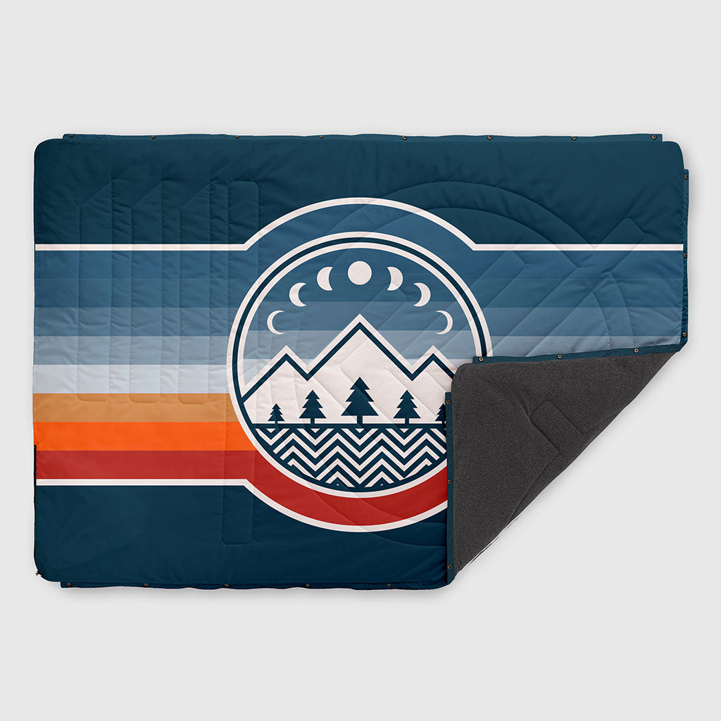 VOITED FLEECE OUTDOOR CAMPING BLANKET CAMP VIBES 2