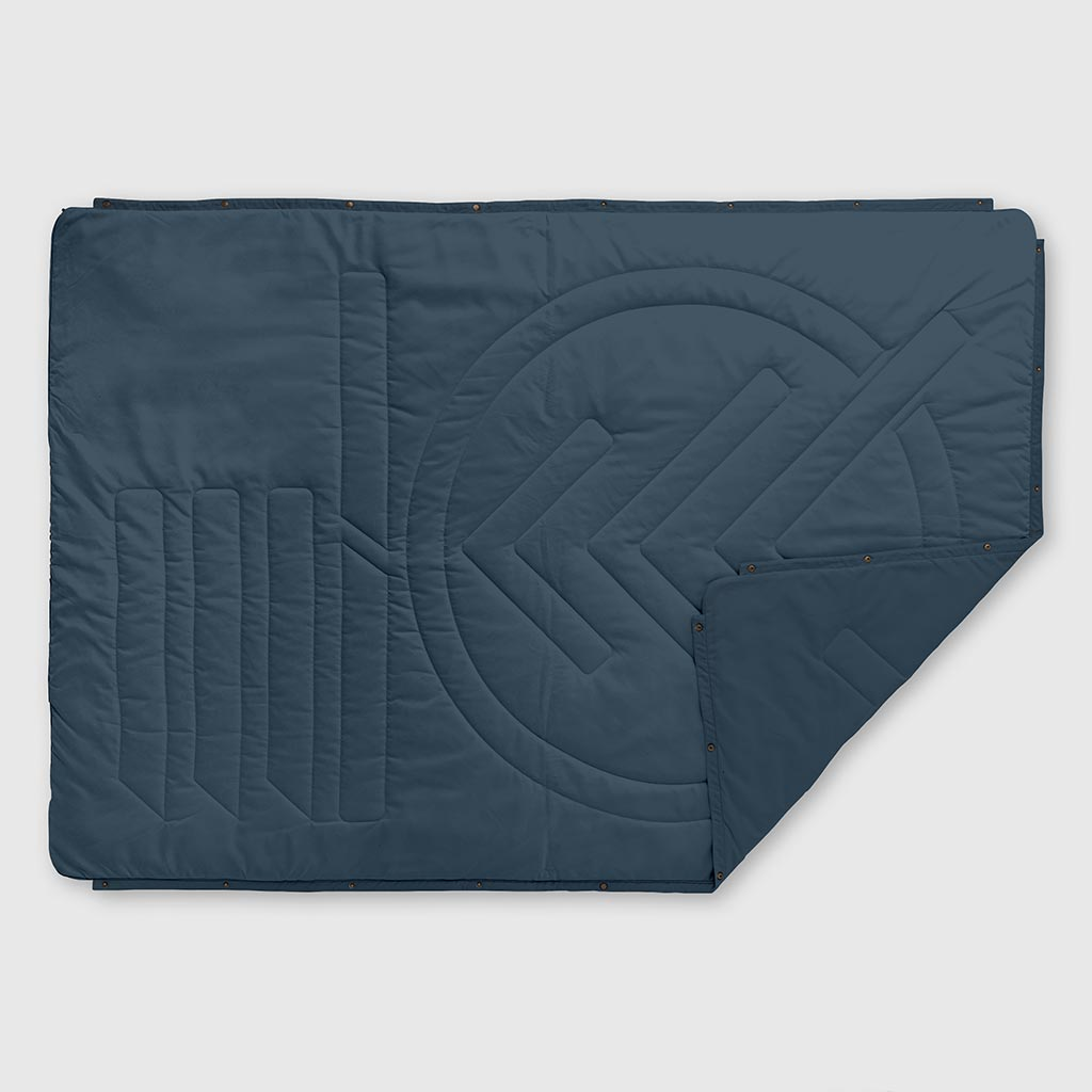 RECYCLED RIPSTOP OUTDOOR CAMPING BLANKET MARSH GREY