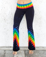 Rainbow Arrows at Midnight Yoga Pants