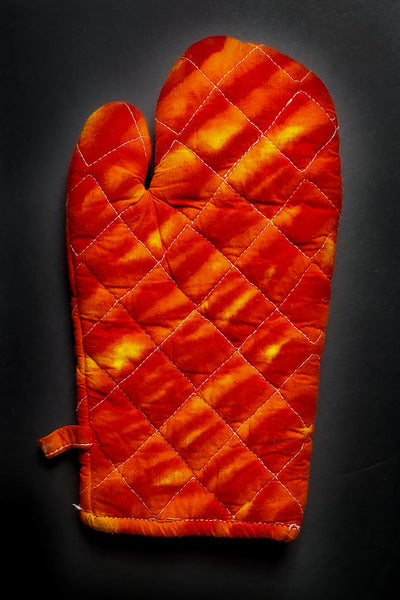 Red Hot Oven Mitt