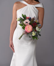 Load image into Gallery viewer, Josie Bridal Bouquet Rental - Bridalbouquets.com