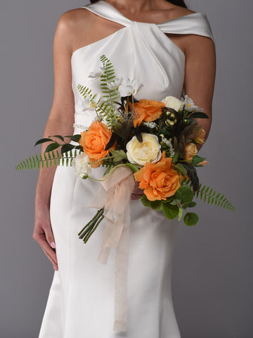 Chloe Bridal Bouquet Rental The price to rent is $65 Pay $32.50 today to reserve - Bridalbouquets.com
