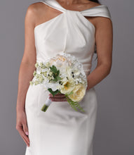 Load image into Gallery viewer, Diana Bridal Bouquet Purchase - Bridalbouquets.com