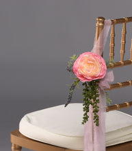 Load image into Gallery viewer, Josie Aisle Marker Rental - Bridalbouquets.com