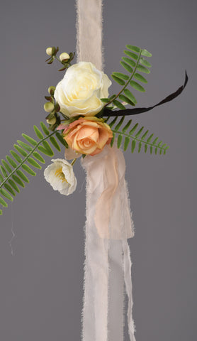 Chloe Aisle Marker Rental The price to rent is $15  Pay $7.50 today to reserve - Bridalbouquets.com