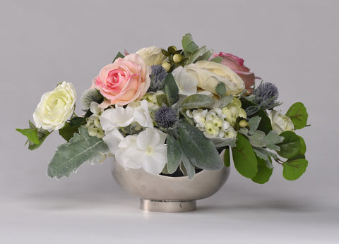 Georgia Centerpiece Rental The price to rent is $30 Pay $15 today to reserve - Bridalbouquets.com