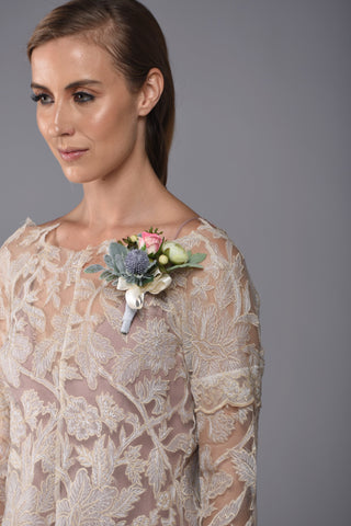 Image of Georgia Pin On Corsage Rental - Bridalbouquets.com