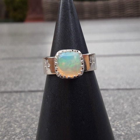 Ethiopian opal and sterling silver ring - PurplePixiebyDenise