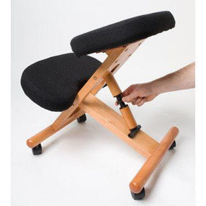 Kneeling chair in wood