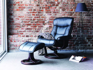 Bergen chair with footstool