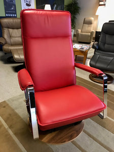 Seattle gliding chair (floor model)