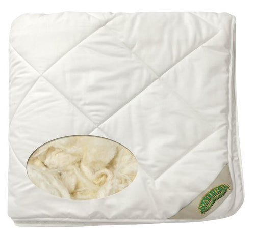Washable wool comforter by Natura