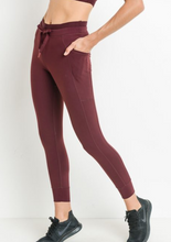 Load image into Gallery viewer, On The Go Cropped Cargo Legging