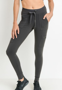 On The Go Cargo Legging