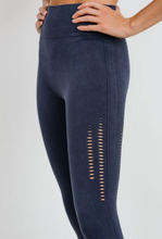 Load image into Gallery viewer, Deep Blue Seamless Legging