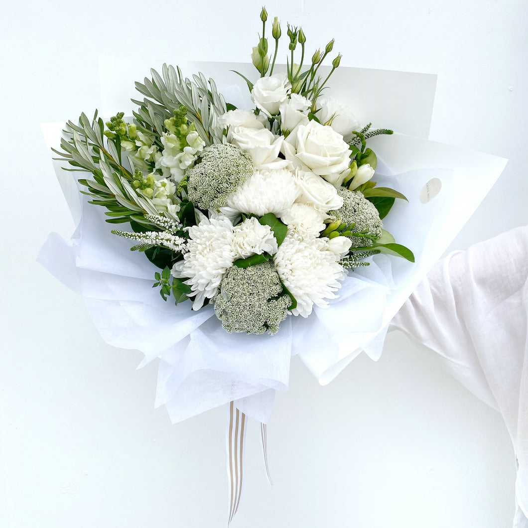 Signature White Bouquet