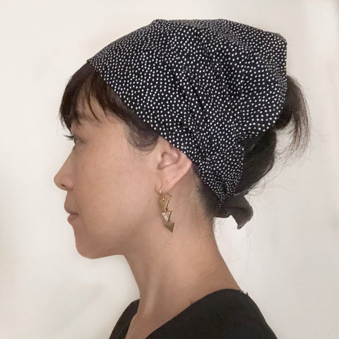 Small polka dots head scarf - Head wrap