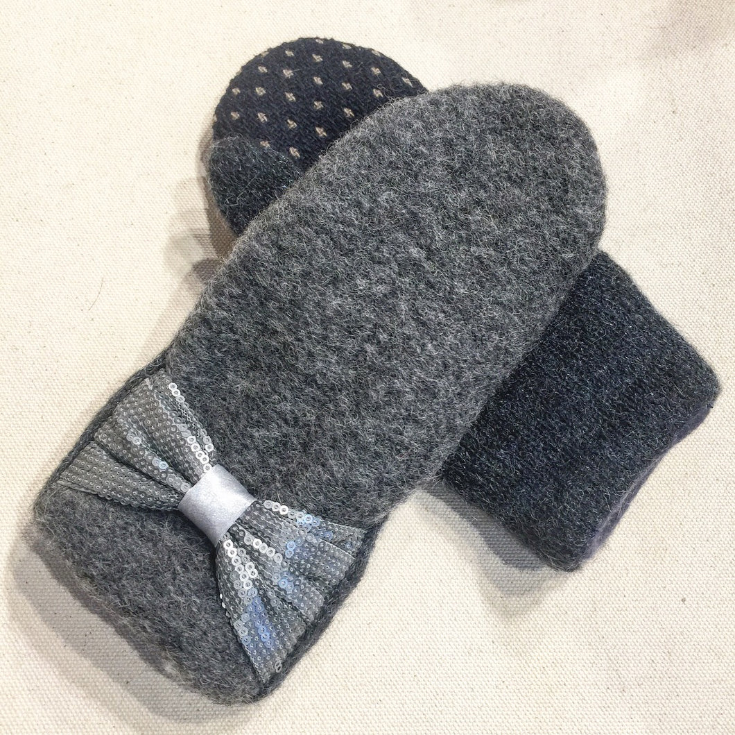 Mittens Vintage Gray ribbons - Fall Winter Gloves