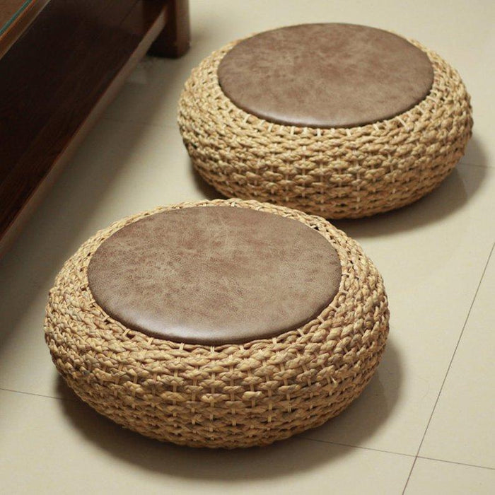 Floor Grass cushion with leather top