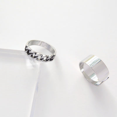 Silver ring duo