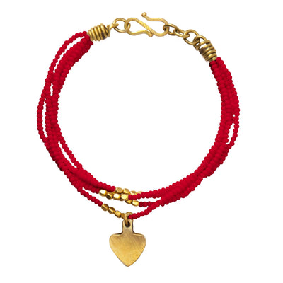 Beaded Ushanga bracelet in red with heart charm