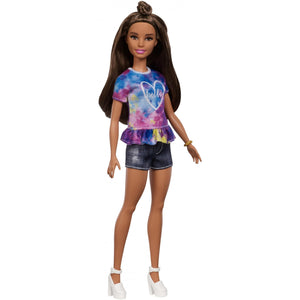 Barbie Fashionistas Doll, Petite Body Type with Tie-Dye Top