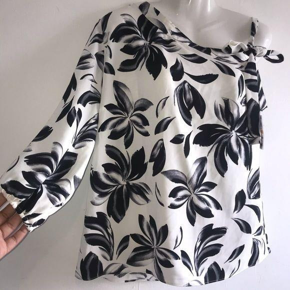 Alfani floral gemstone blouse S black and white