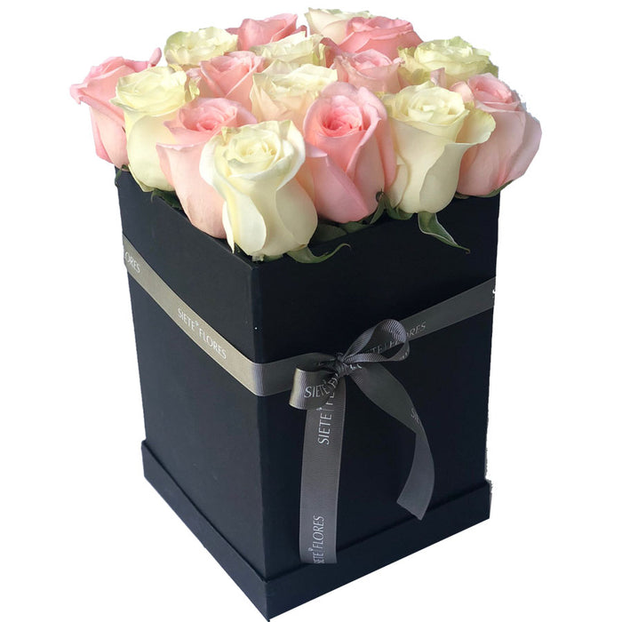 Hat Box Premium Rosadas-Damasco y Blancas