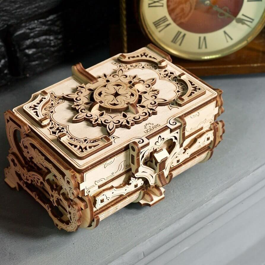 Wooden 3D Puzzle Antique Treasure Box Model Kit