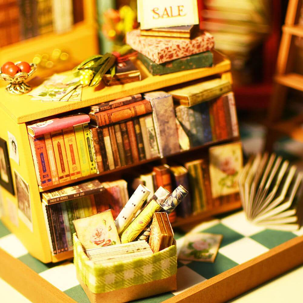 DIY Miniature Home Library