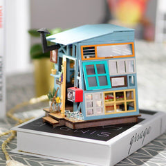 DIY Miniature Wooden Hut