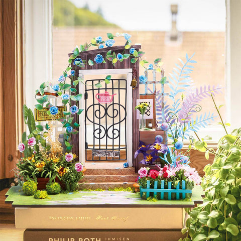 DIY Miniature Garden Entrance