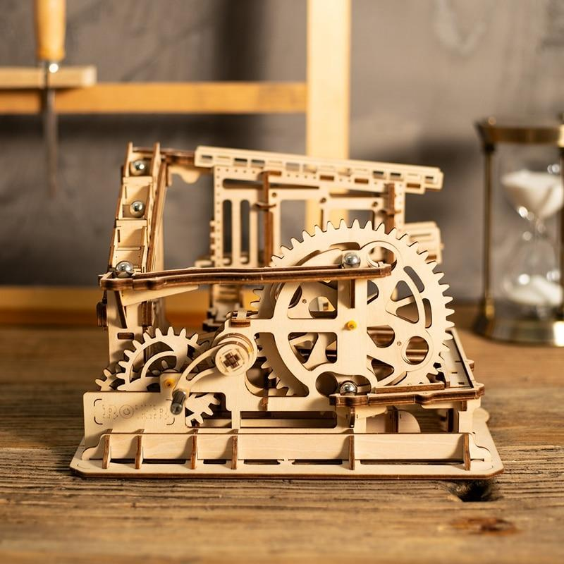 Wooden 3D Puzzle Cog Coaster Marble Run Kit