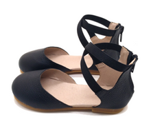 Mommy-Size Misty Flats- Black