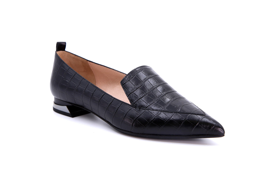 Classic Leather Loafers - Black AT13026