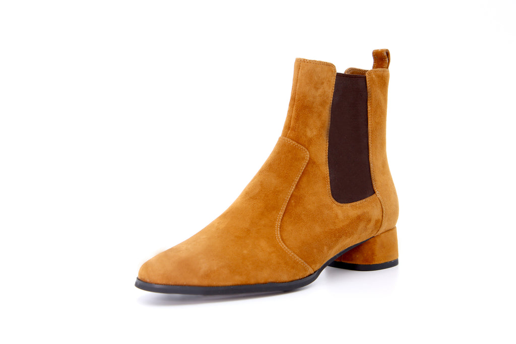 Heeled Suede Leather Ankle Boots - Camel AT34901
