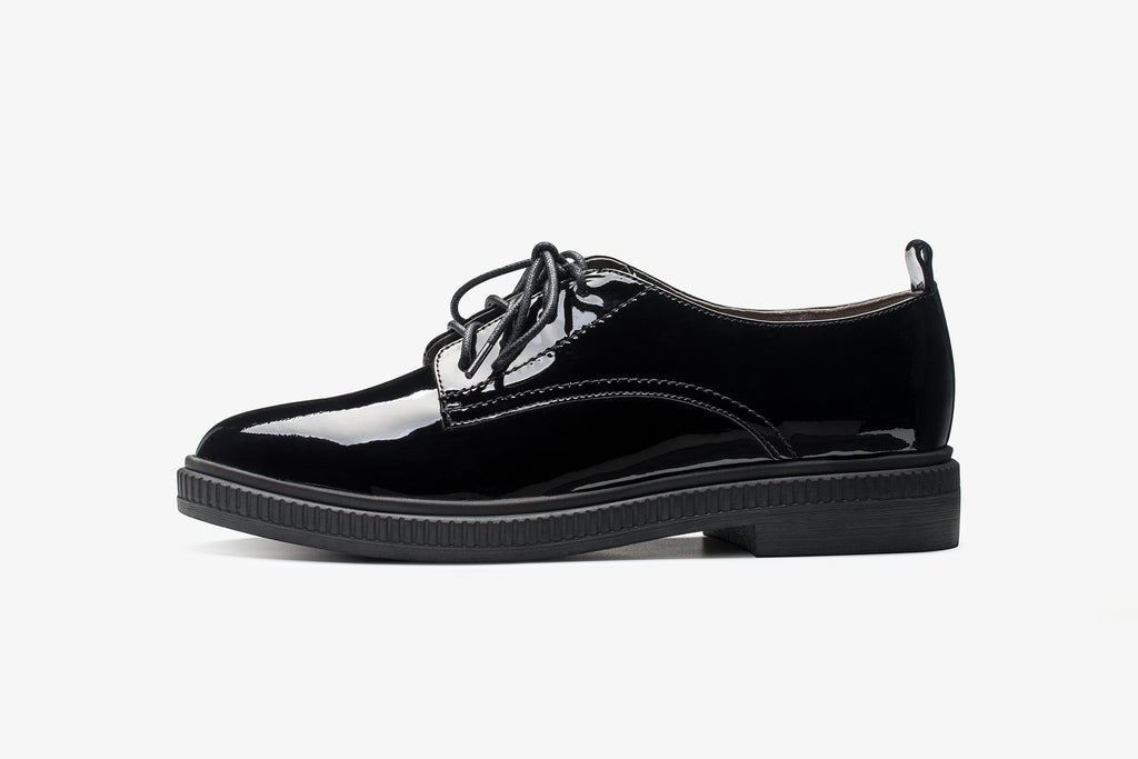 Casual Patent Leather Lace-up Shoes - Black AT34403
