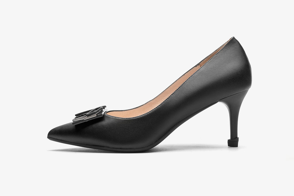 Millennium Wheel Leather Pumps - Black AT70106