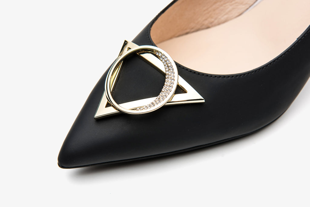 Leather Pumps with Geometric Detail - Black