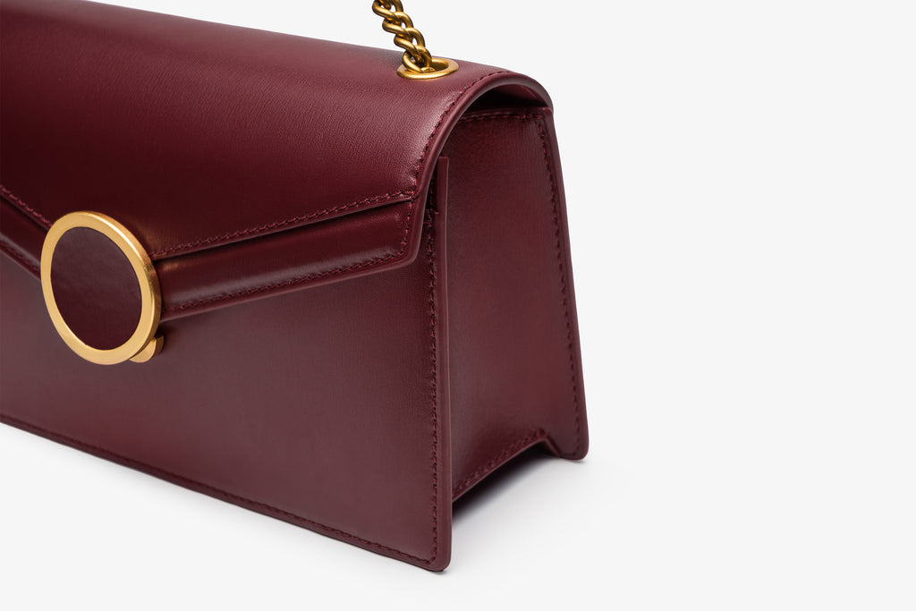 Leather Buckle Crossbody Bag - Bordo ATH7631