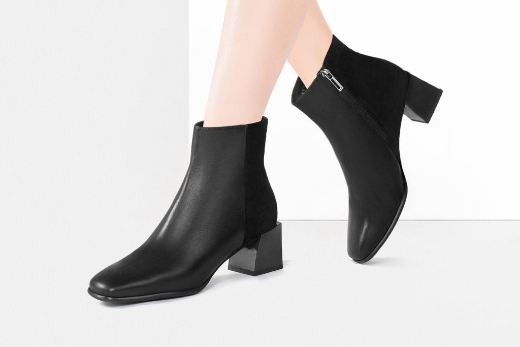 Leather Mid-Heel Ankle Boots - Black AT46703
