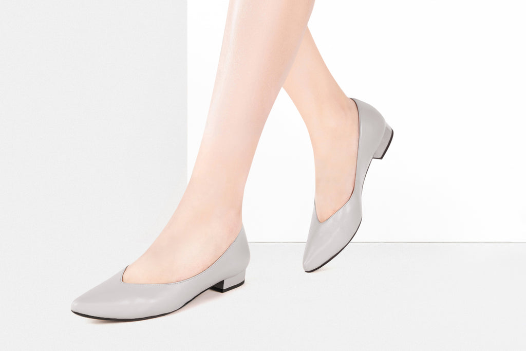 Leather Pointed Toe Flats - Grey