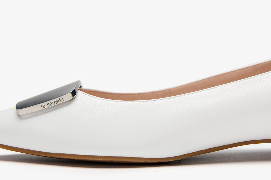 Leather Ballerinas with Detail - White