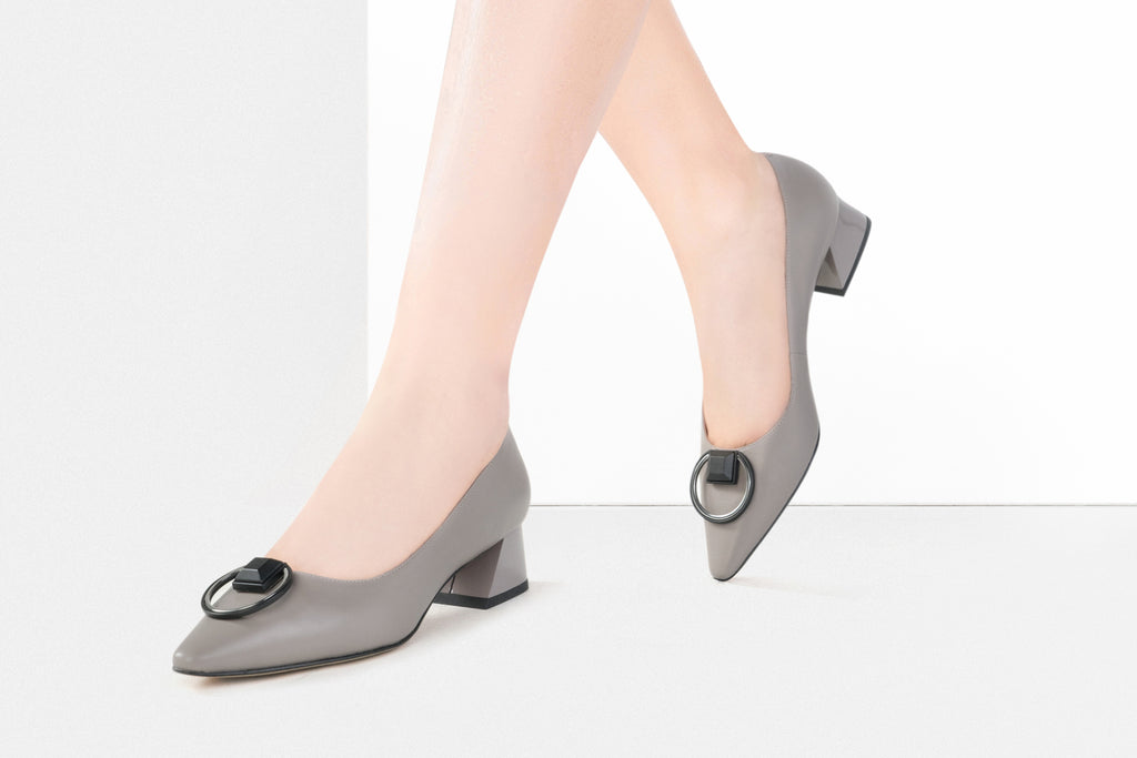 Arc Pointed-Toe Block Heels - Grey AT40202